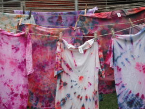 tie-dyed-shirts_800x600